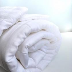 Комплект из одеяла и 2 подушек